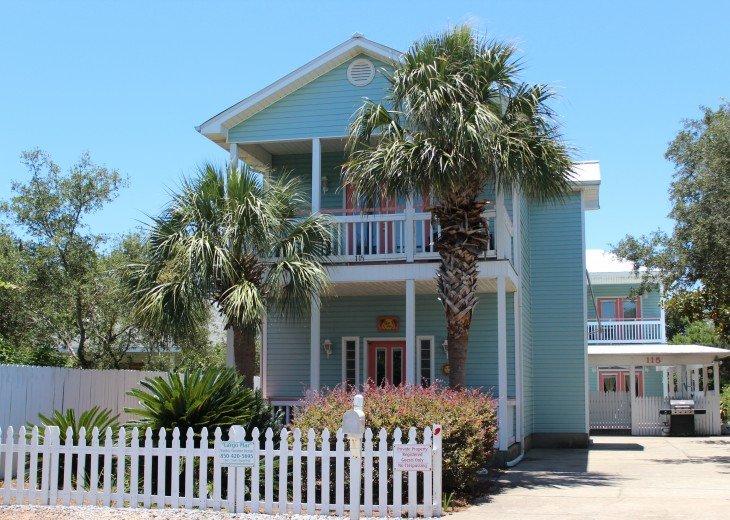 5 Bedroom,5.5 Bath, Private Pool, Carriage House, Close to Beach, Sleeps 16 #2