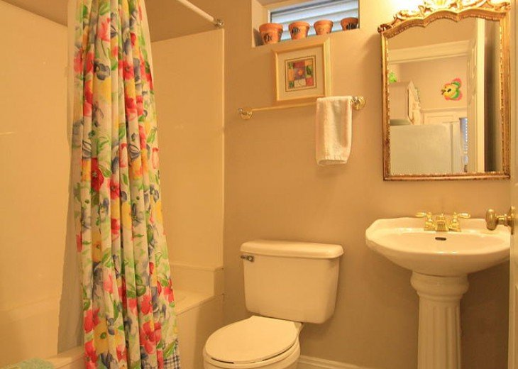 5 Bedroom,5.5 Bath, Private Pool, Carriage House, Close to Beach, Sleeps 16 #7
