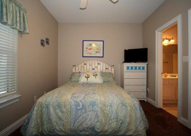 5 Bedroom,5.5 Bath, Private Pool, Carriage House, Close to Beach, Sleeps 16 #11