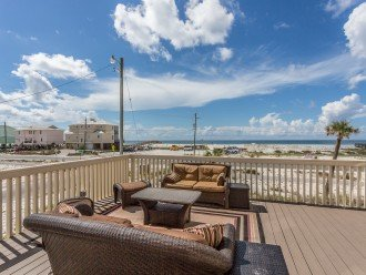 Gulf Views From Spacious Deck!