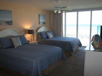 Guest bedroom 2 queens