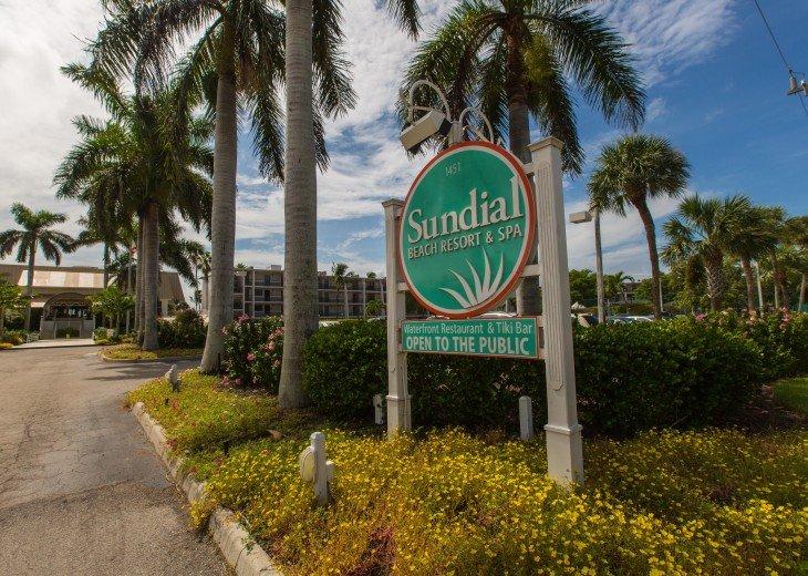 Updated, Direct Beachview Sundial B306 #27