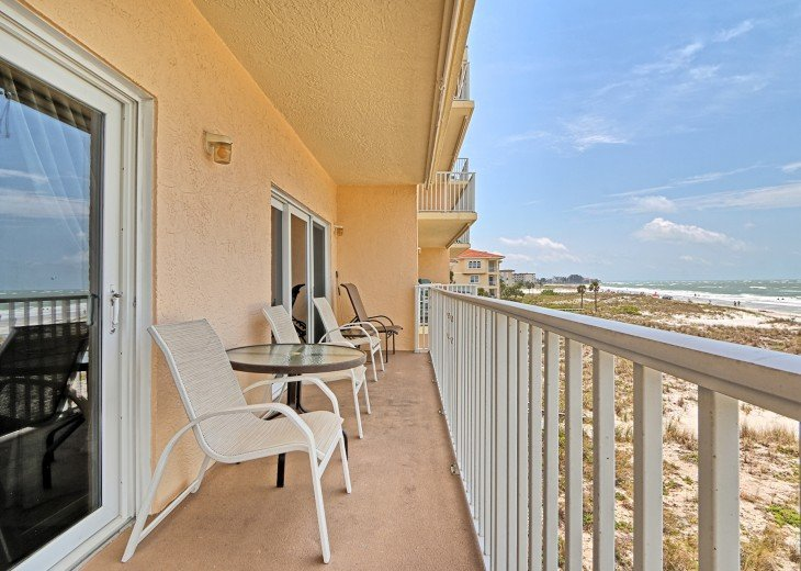 2 Bedroom Luxury Beachfront Condo in Madeira Beach #14