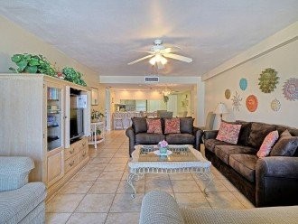 2 Bedroom Luxury Beachfront Condo in Madeira Beach #1