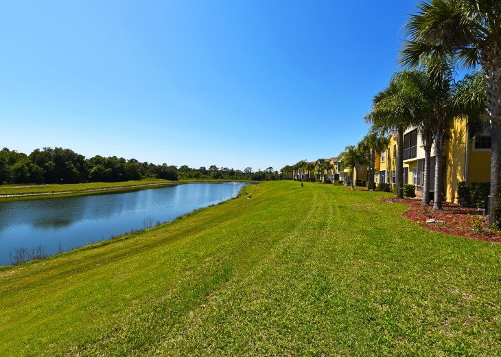 Top-ranked, Closest Resort (1.5 Miles) to Disney. Huge 3-Bedroom Lake View Villa #15