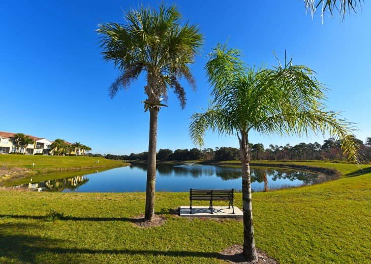 Top-ranked, Closest Resort (1.5 Miles) to Disney. Huge 3-Bedroom Lake View Villa #23