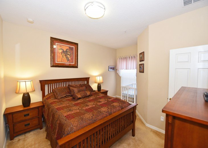 Top-ranked, Closest Resort (1.5 Miles) to Disney. Huge 3-Bedroom Lake View Villa #9