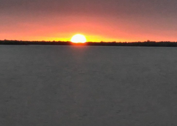 Watch for the green flash.....