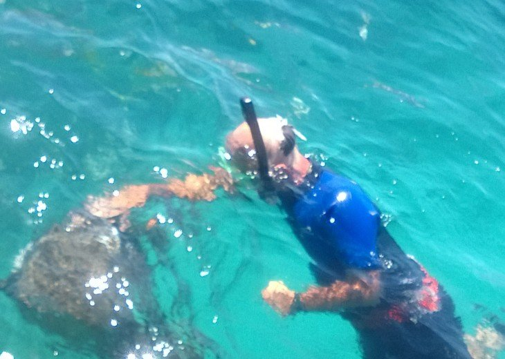 LOOE KEY REEF-STEVEN WITH GOLIATH GROUPER
