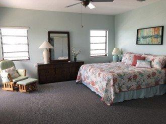 Master Bedroom....King bed