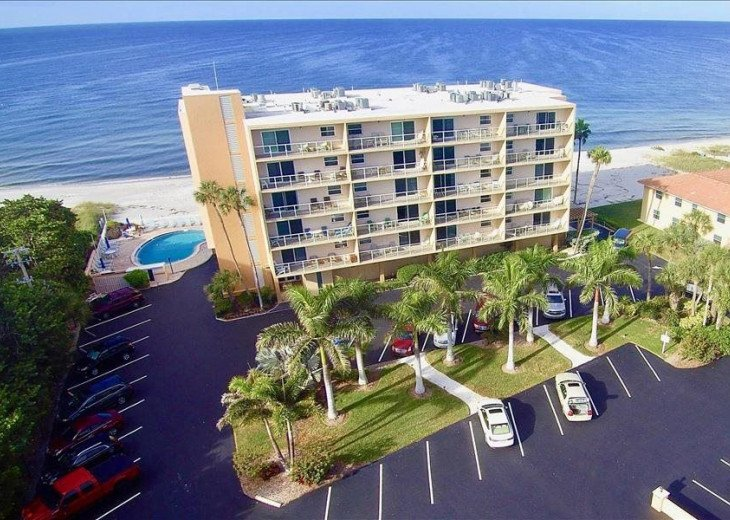 Beautiful Condo In Paradise Building Is Right On The Beach 1