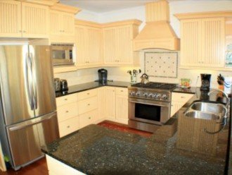 fully equipped kitchen , gas stove 6 burners , granite countertops