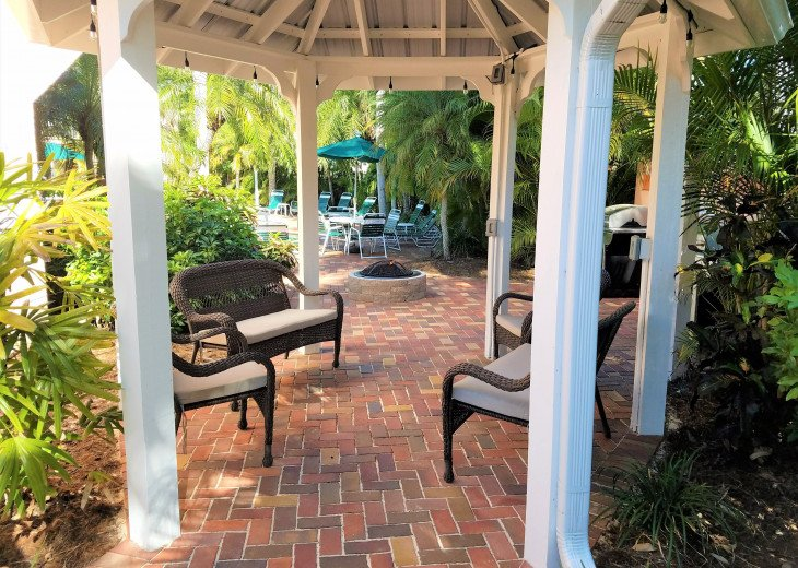Carefree Sunny Fun! 1 Br Siesta Palms by the Beach #2A #14