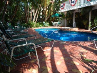 Enchanting! Siesta Key Inn #126 #1