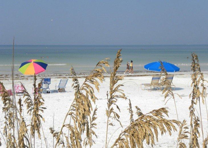 Tropical Escape! Fabulous Amenities 1Br Siesta Palms by the Beach #1C #13