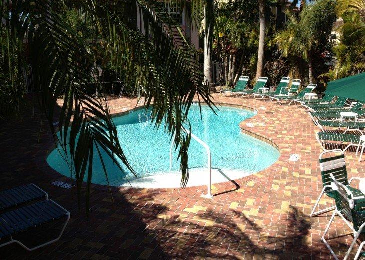 Tropical Escape! Fabulous Amenities 1Br Siesta Palms by the Beach #1C #10