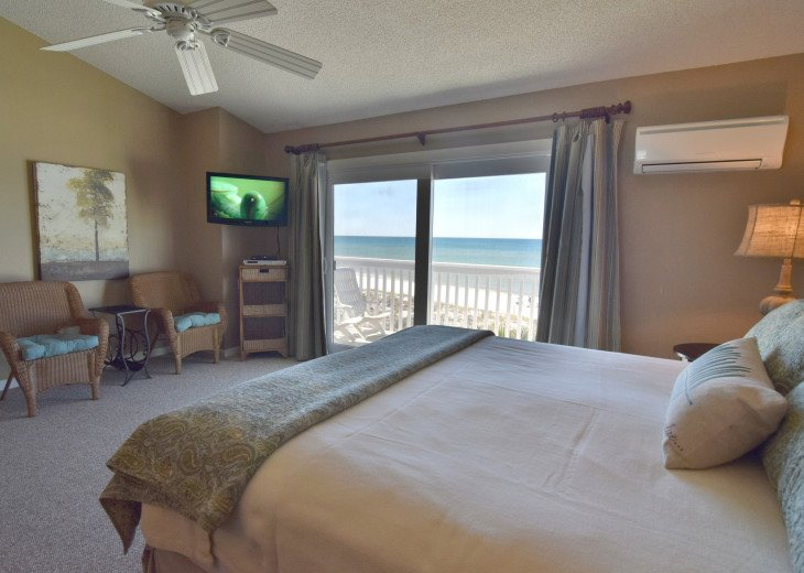 Master Bedroom with stunning views of the gulf.