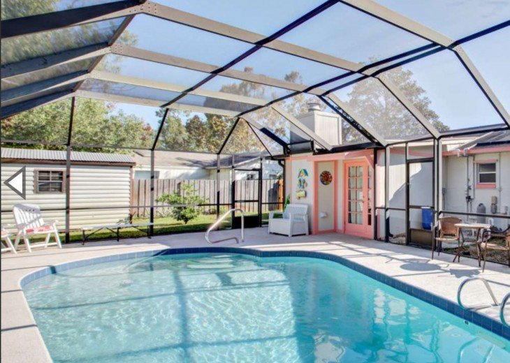 3 Bedroom Pool Home, Quiet Daytona area. Sleeps 9, Near Beach, Speedway, Golfing #5