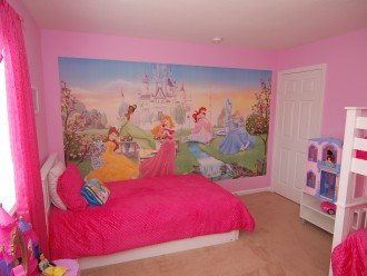 Snow White Villa Close to Disney World
