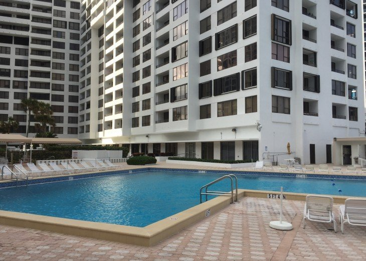 Alexander Towers Hollywood Beach Oceanfront 2/2 #11