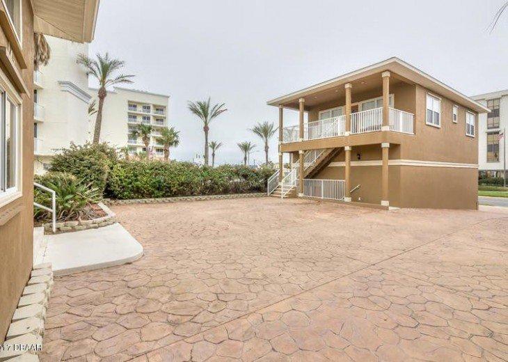 Lazy Lizard Beach Houses #53