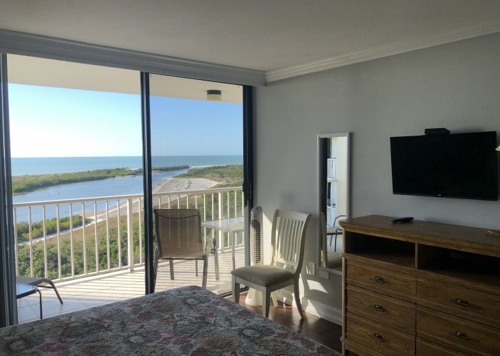 """Relaxing views of Tiger Tail Beach from Master Bedroom, includes a 32"""" LCD TV!"""