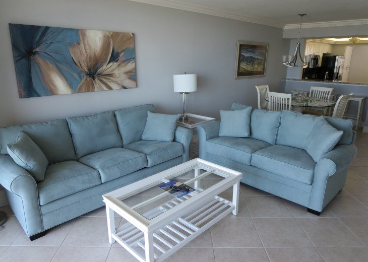 Updated Living Room, Condo has Tile Throughout with (NO CARPET )