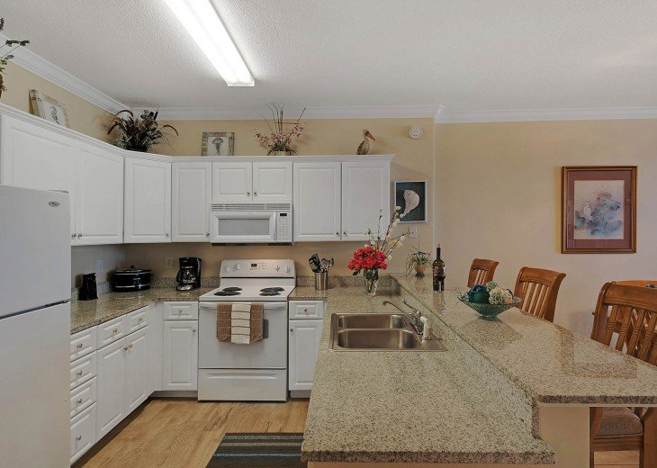 Fully furnished kitchen! There's nothing to bring but the food!!