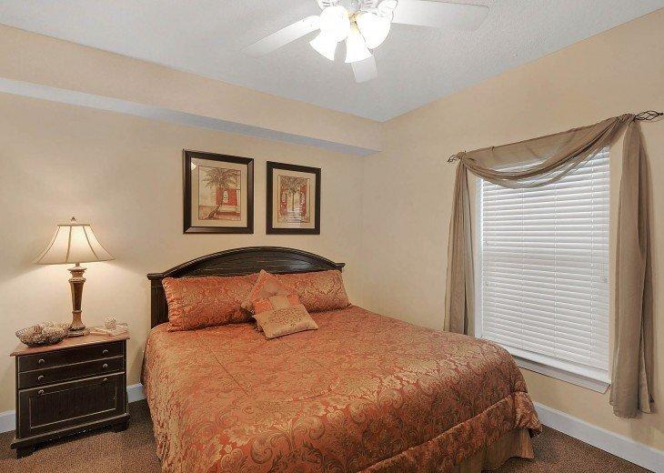 Ocean Villa 1602 - Guest bedroom (King)