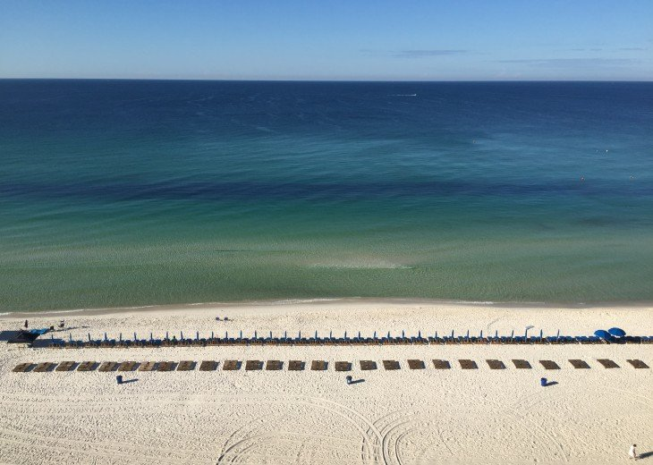 Large private beach access for EBR guests only!