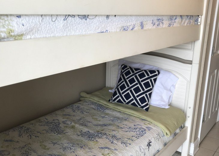 Bunk beds for more sleeping options!