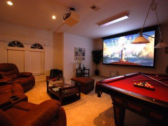 Cinema/games room - includes PS4/7ft pool table/board game/125