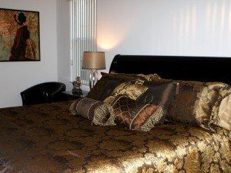 Master King bedroom 1 - includes walk in wardrobe