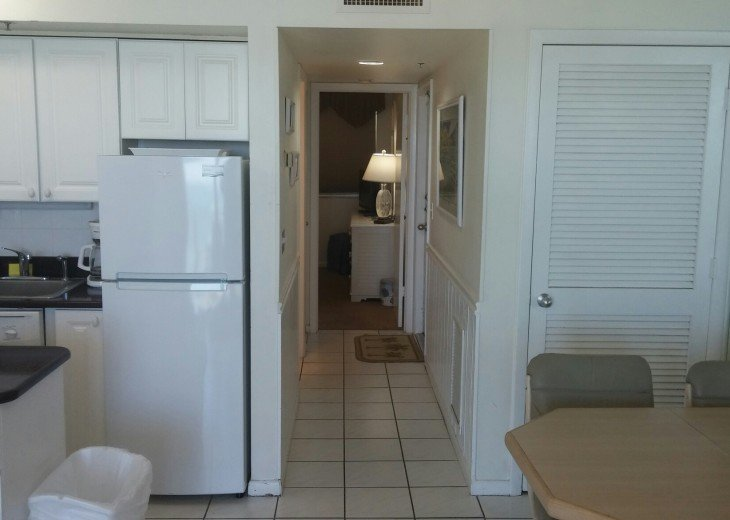 Marco Island... Apollo Condo...Directly on Beach #8