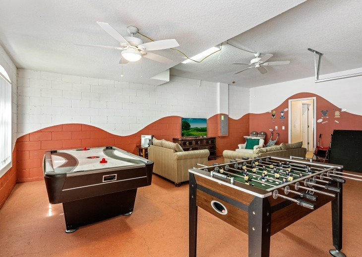 Mediterranean Style, Close to Disney, Pool Spa/Game room/free WiFi #8