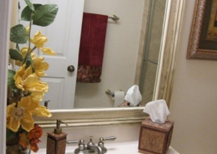 BEAUTIFUL AND SPACIOUS LAKEVIEW HOME - PRIVATE POOL- SLEEPS 10 #10
