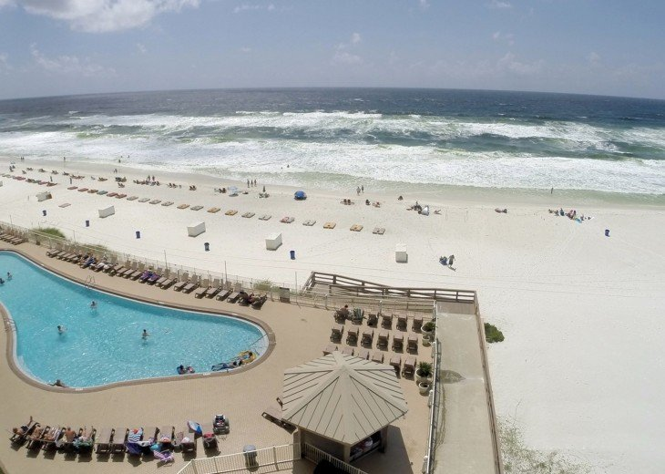 Tina's Treasure Island Luxury Beach Condo-3 Bedroom 6th Floor with Beach Service #46