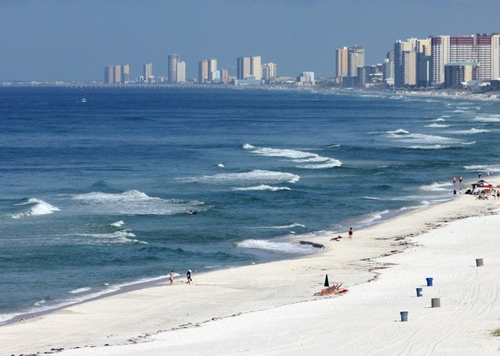Tina's Treasure Island Luxury Beach Condo-3 Bedroom 6th Floor with Beach Service #52