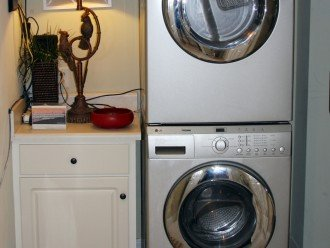 Samsung Full size Washer Dryer