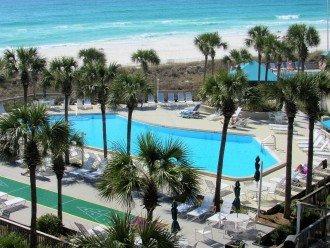 Beachfront, 4th FL, 2 bed, 2 bath, great views, sleeps 8, No bookng fees.