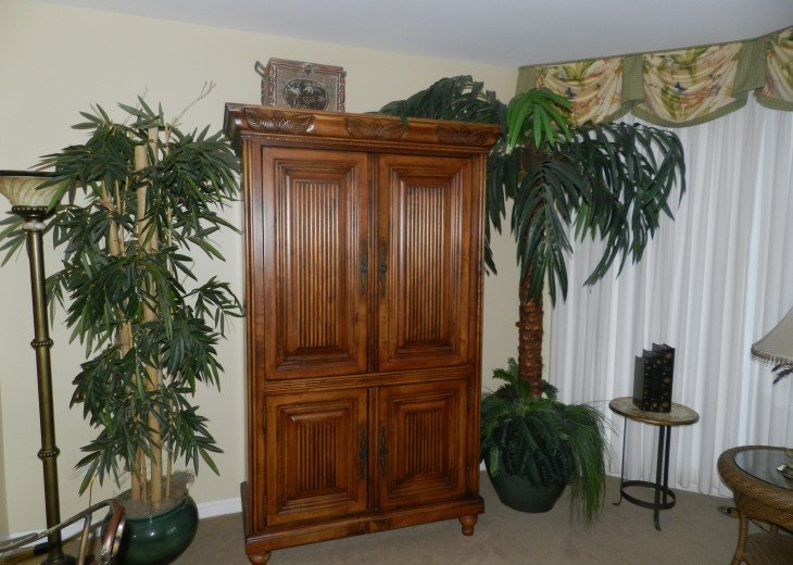 Lving Room tv armoire