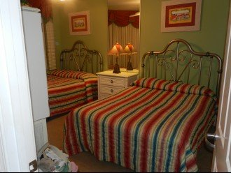 Bedroom 3 with two Queen Beds