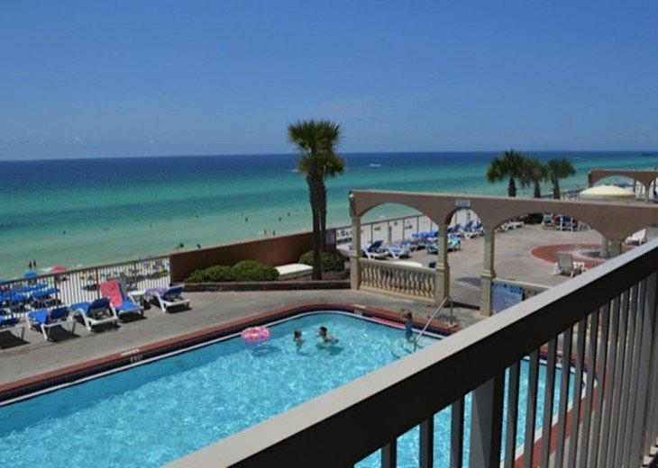 Beautifully furnished with Beach Service. Close to Pier Park #19