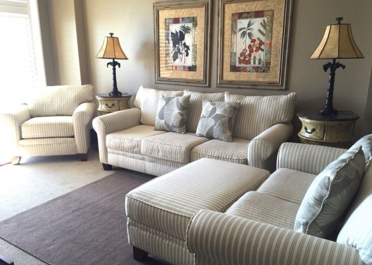 Beautifully furnished with Beach Service. Close to Pier Park #2