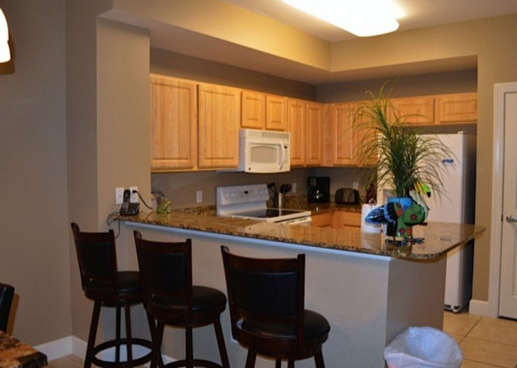 Beautifully furnished with Beach Service. Close to Pier Park #7