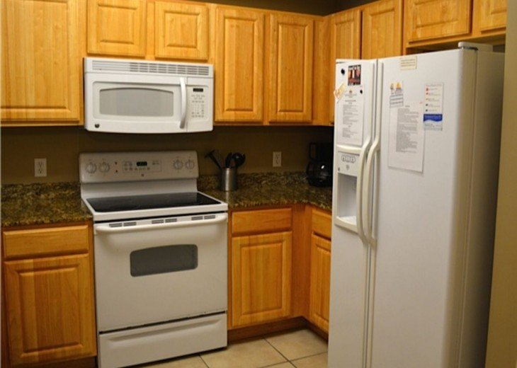 Beautifully furnished with Beach Service. Close to Pier Park #9
