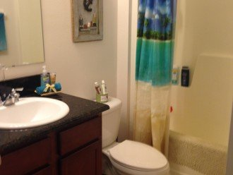 GUESS FULL BATHROOM WITH A LINEN CLOSET