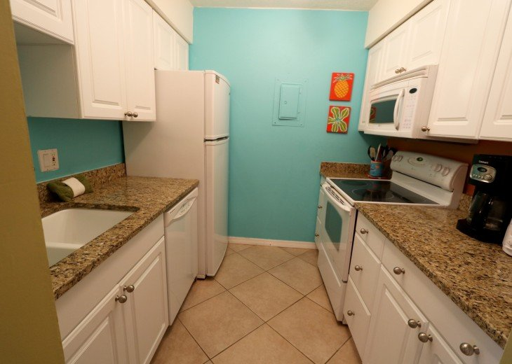 Granite countertops in Kitchen, everything you need is here for your stay