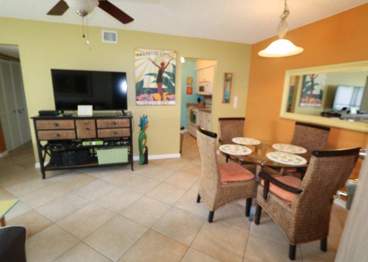 Clean, colorful, quiet condo on Siesta Key