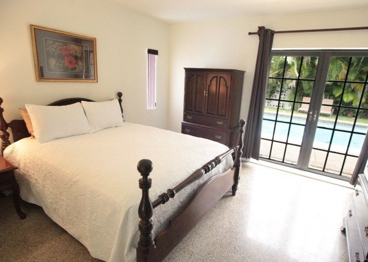 Ocean Mist Delight: 5 Min Walk to Beaches, 4/2, Gorgeous More Secluded Beach Spo #4